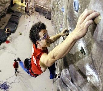 lead_climbing