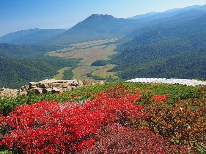 至仏山からみた尾瀬ヶ原と燧ケ岳