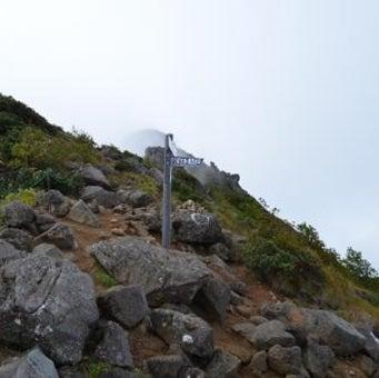 八ヶ岳登山中にある景色