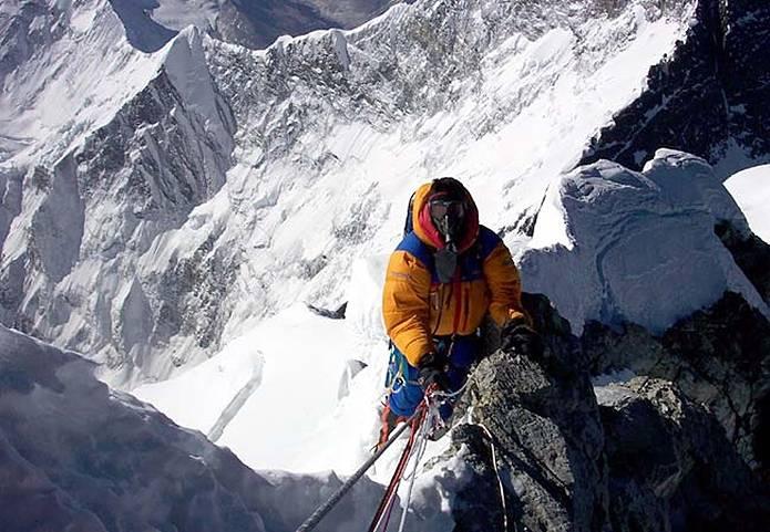 エベレスト ヒラリーステップの登り
