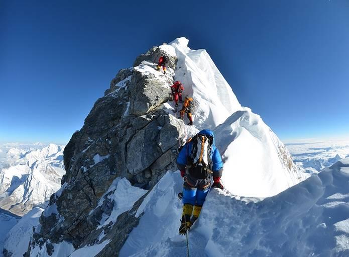 エベレスト 登山8000m以上はデスゾーン