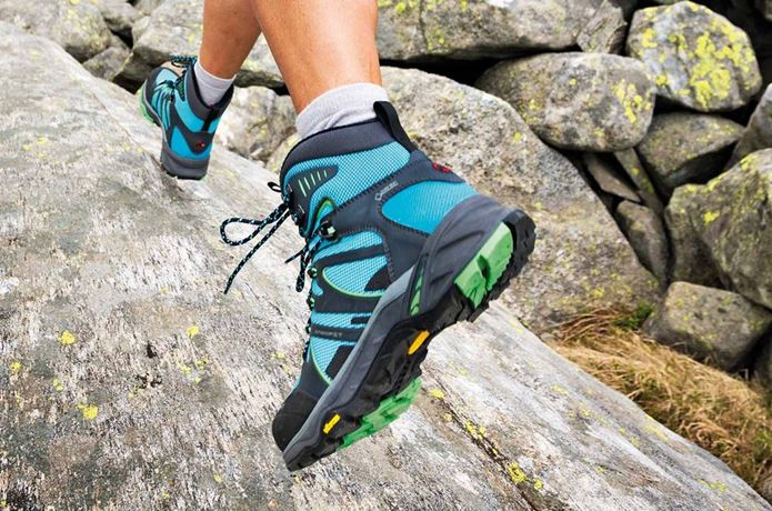 登山靴メーカー「マムート」の靴で走る