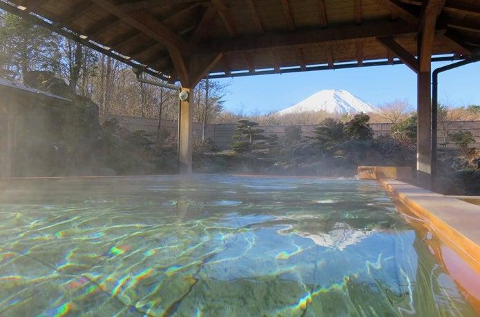 温泉から眺める富士山