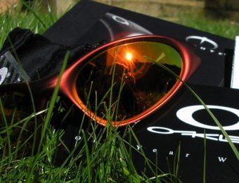登山で使いたいオークリーのサングラス