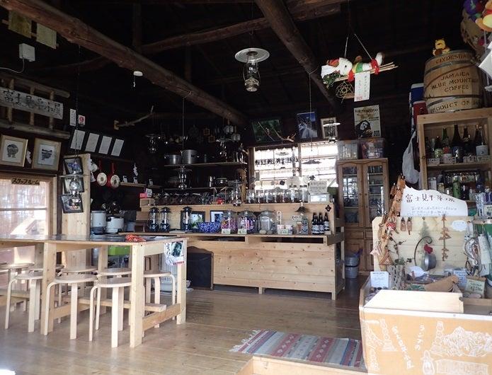 金峰山の山小屋店内