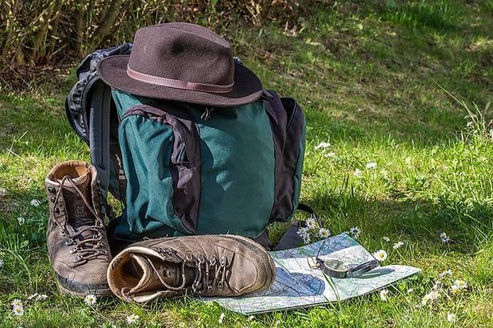 山の常識 必携装備