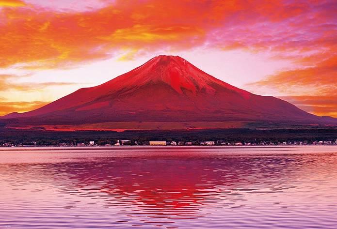 赤富士と湖