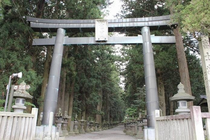 富士山ルート麓の浅間神社から