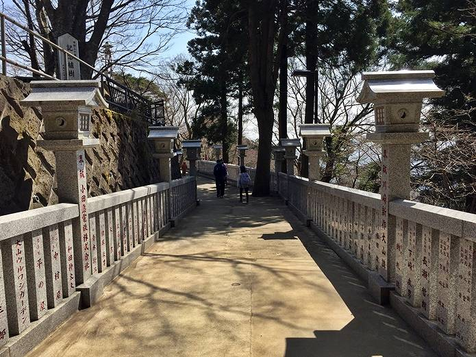 丹沢大山阿夫利神社へと向かう
