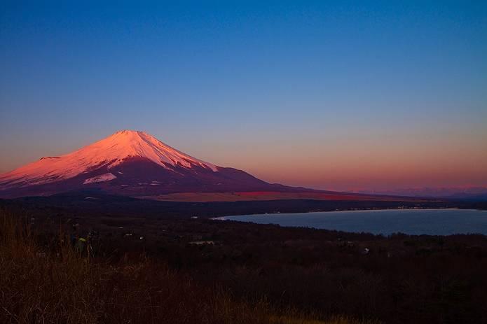冬の赤富士全容