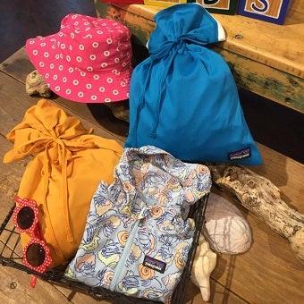 パタゴニアベビーのジャケットや帽子