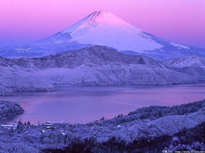 富士山 画像 白とピンク