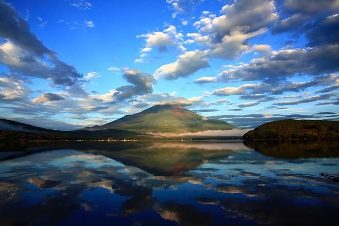 富士山 画像 雲と湖