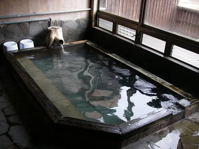 山小屋 法華院温泉内湯