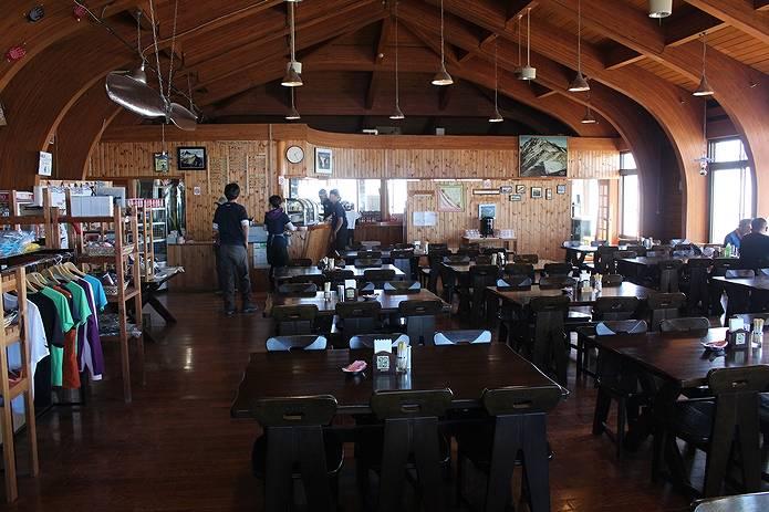 山小屋 白馬山荘 レストラン