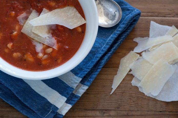 トマト缶のビーンズスープ