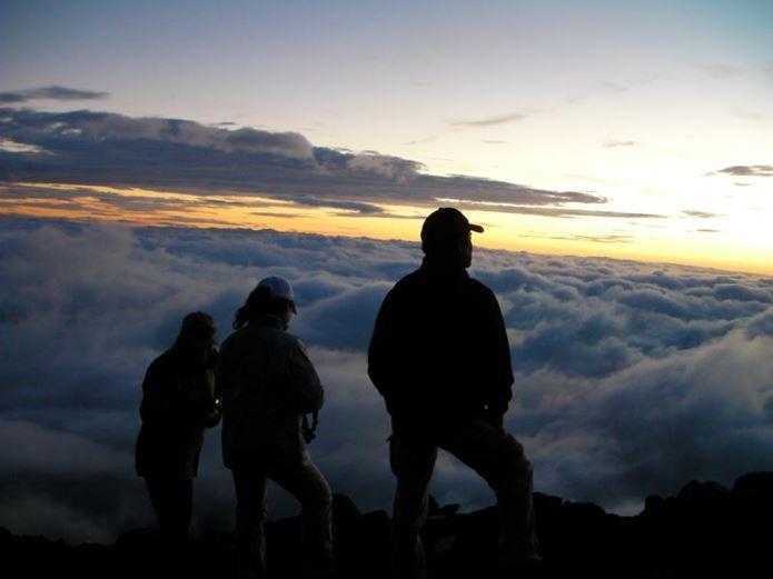 富士山登山ツアーに参加した人