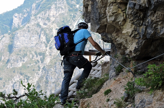 登山初心者が山を登る