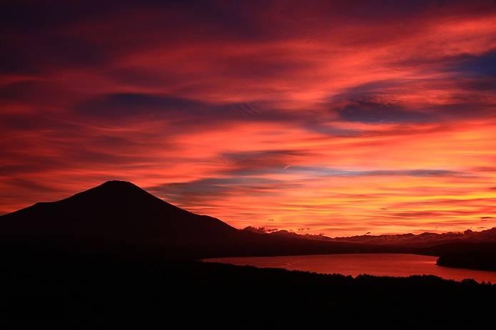 富士山 画像 山中湖と夕焼け