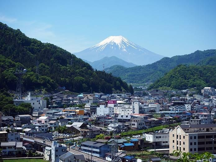 岩殿山 いきなり富士展望