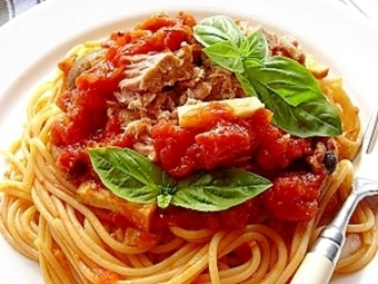 シーチキンとしめじのトマトスパゲティ