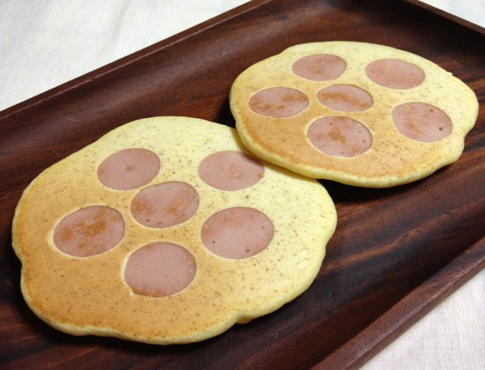 魚肉ソーセージ、パンケーキ