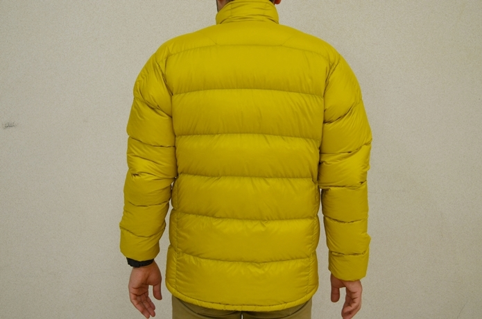 ライトアルパインダウンジャケット背面