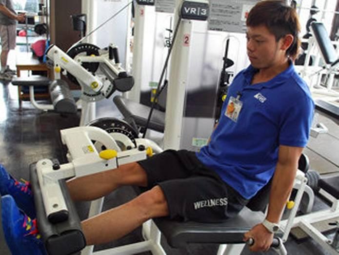 膝の痛み 対策筋トレ