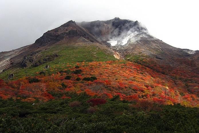 高原 那須岳 茶臼岳