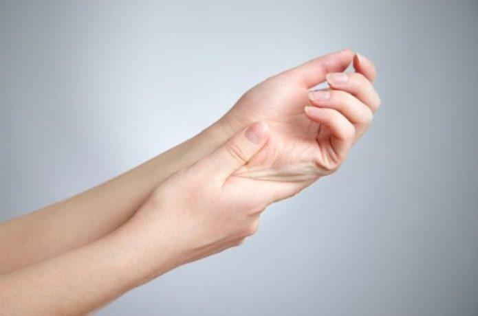 症状:手足のしびれ