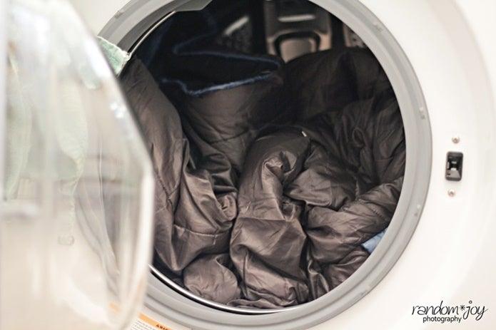 寝袋の洗濯後に乾燥させる