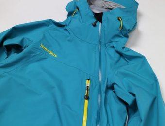 ティートンブロスの水色のジャケット