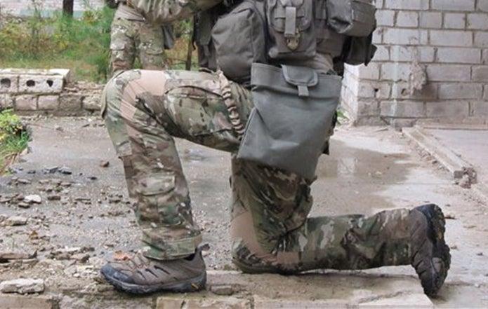 モアブを履いた特殊部隊員