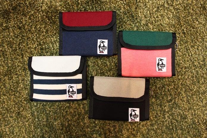 色々な種類のチャムスの財布