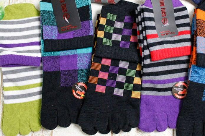 色々なカラーの5本指ソックス