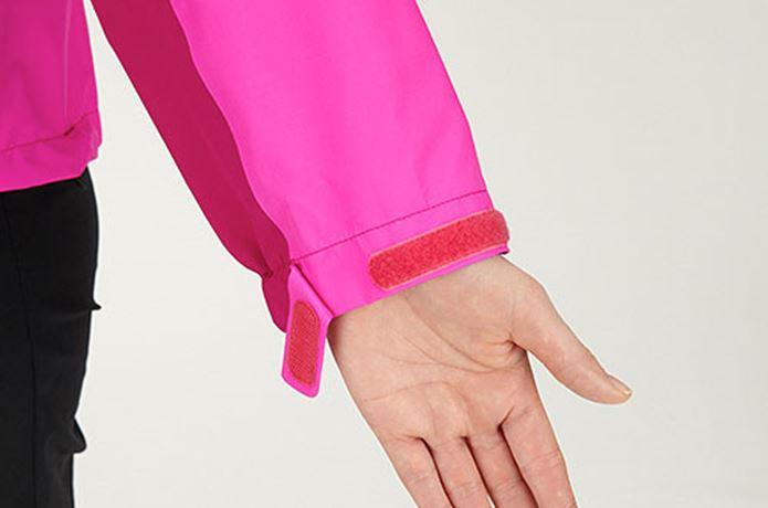 クライムライトジャケットのベロクロ部分