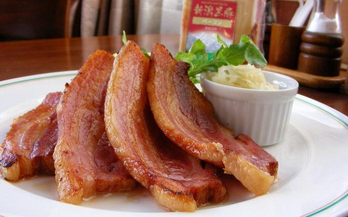 高カロリー食品のお肉