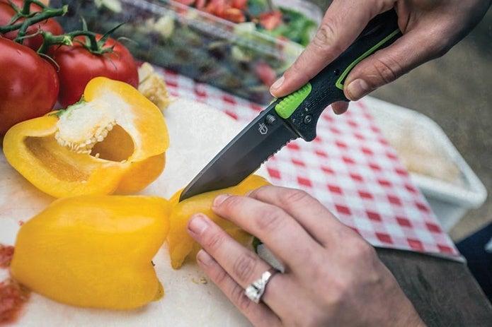 ガーバーのナイフを使用する