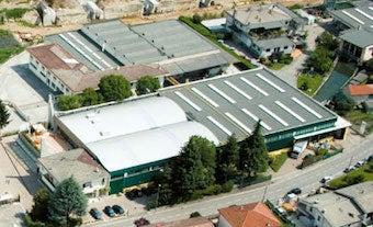 ザンバランの工場