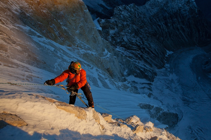 メルーを登るジミー・チン