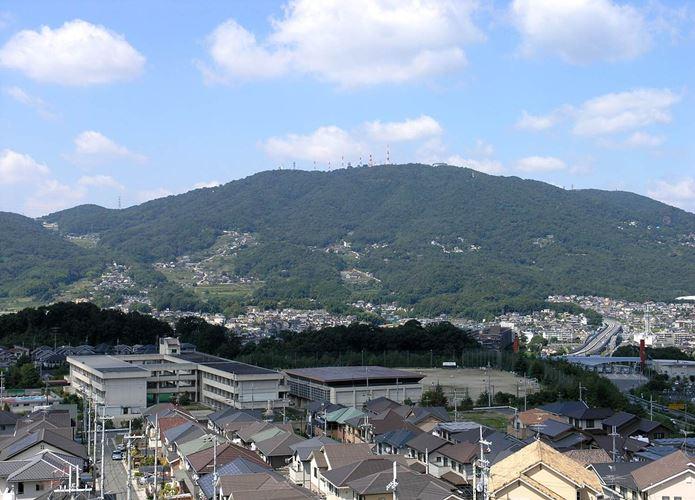 関西でハイキングができる生駒山