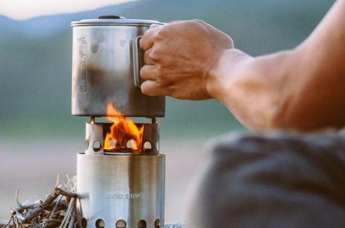 ウッドストーブでお湯を沸かす