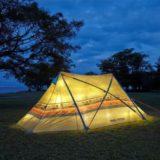 夜のロゴスのテント