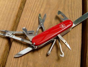 ビクトリノックスの赤いスイス・アーミーナイフ