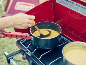 ツーバーナーでスープをつくる