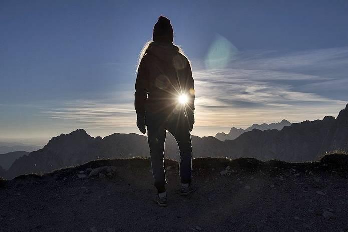 山女日記の舞台となる山に登る人