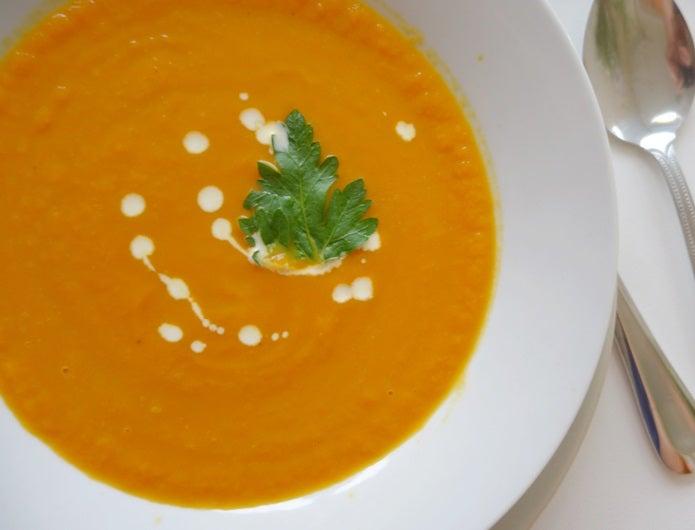 サーモスのフードコンテナでスープ