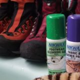 靴と効き目のある防水スプレー