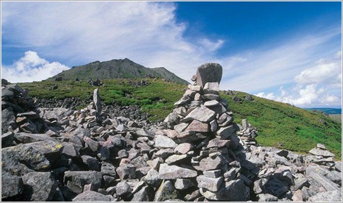 北海道の登山スポットで有名なトムラウシ山