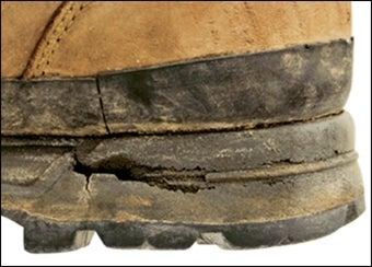 加水分解した靴底